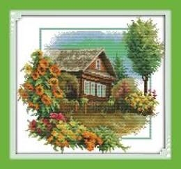 Къща с цветя 33/31 см