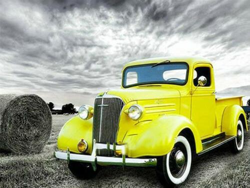 Жълт камион 40/30 см