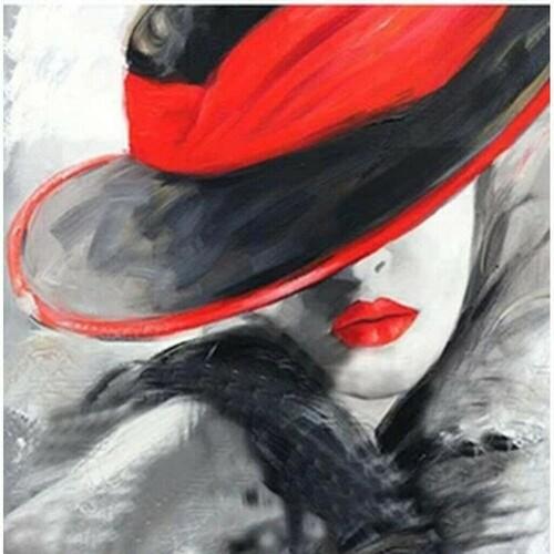 Жена с шапка