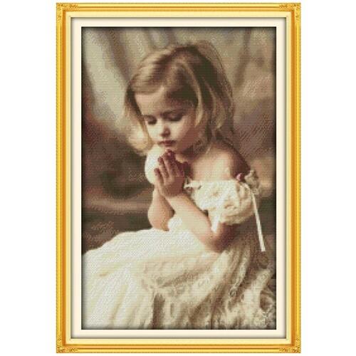 Молитвата на момичето 35/52 см