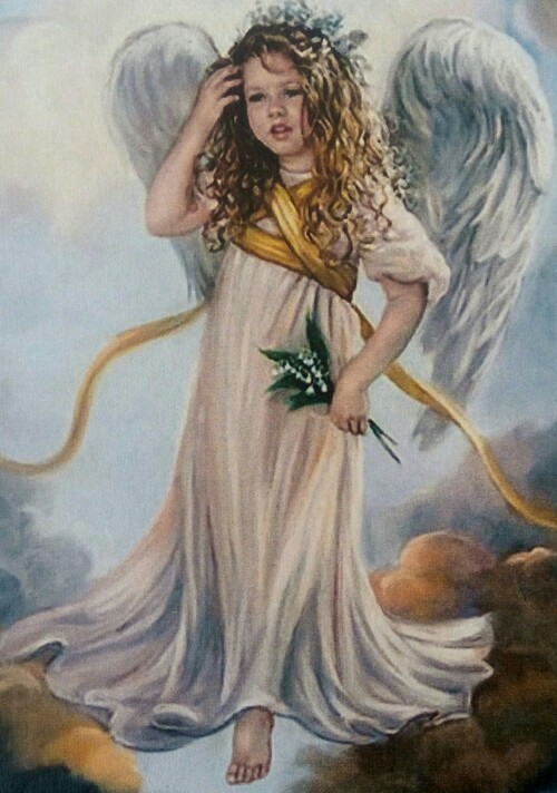 Ангелче с момини сълзи в ръка  30/40 см